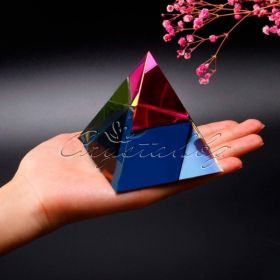 Кристална фигура Pyramid голяма